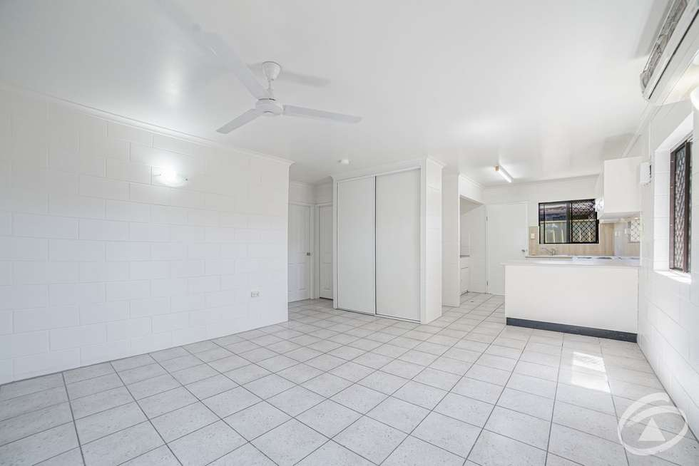Fifth view of Homely unit listing, 10/1-9 Joan Street, Bungalow QLD 4870