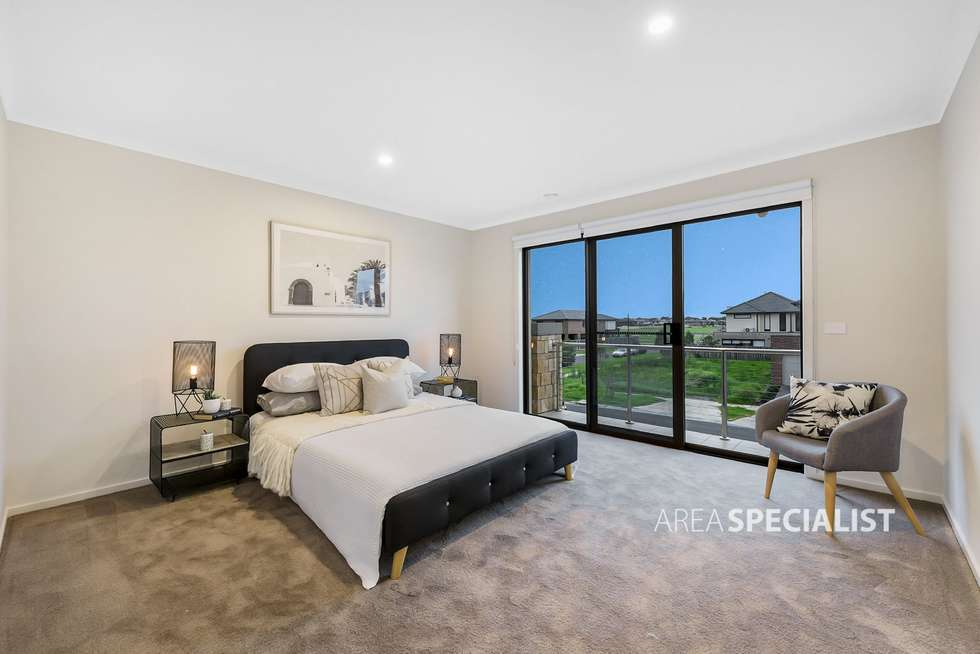 Second view of Homely house listing, 4 Yellowbox Drive, Keysborough VIC 3173