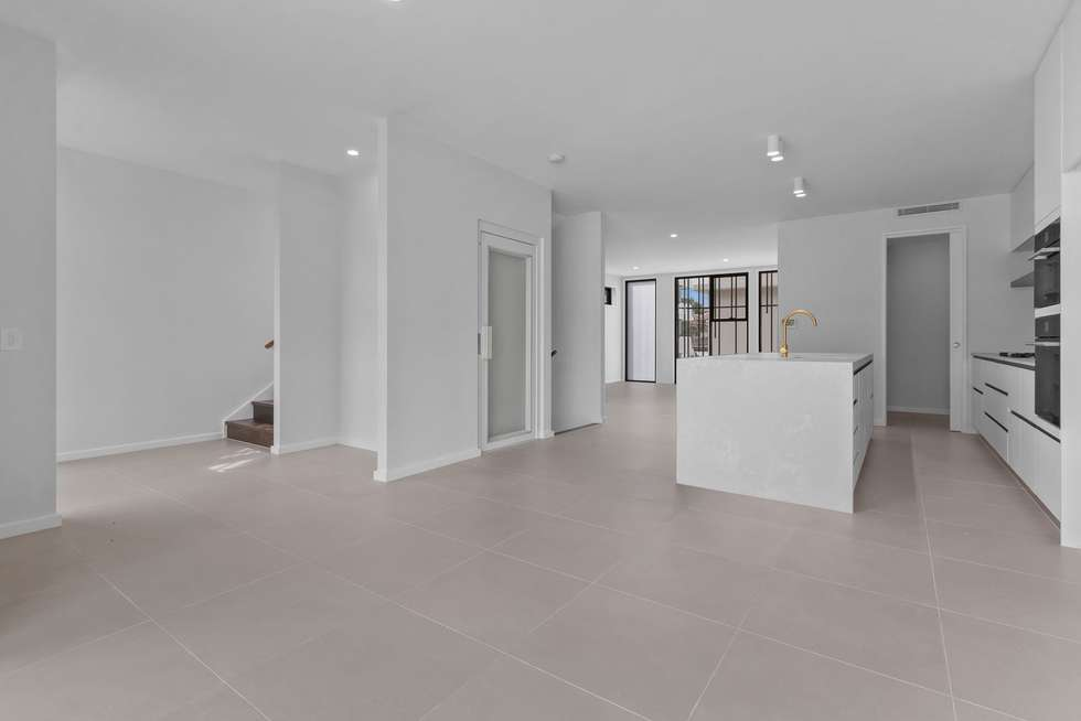 Fifth view of Homely townhouse listing, 6/39 Byron Street, Bulimba QLD 4171