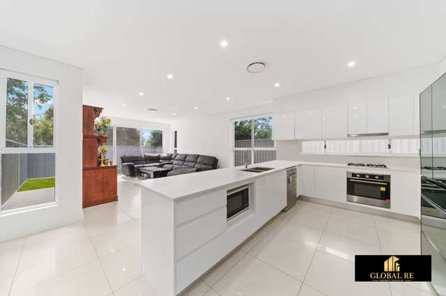 11A George St, Canley Heights NSW 2166