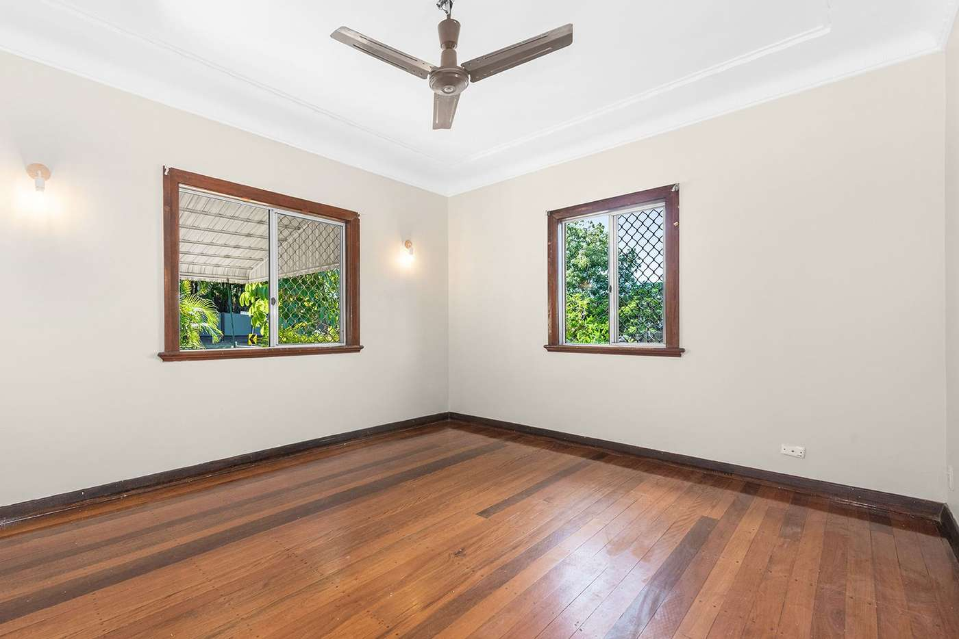Sixth view of Homely house listing, 235 Agnew Street, Seven Hills QLD 4170