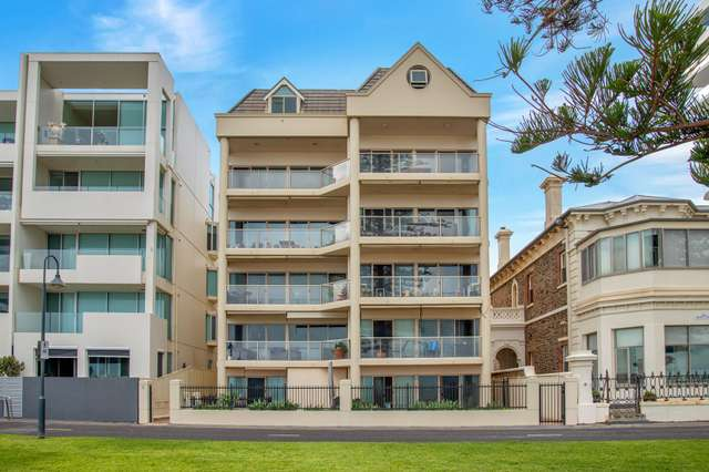 7/5 South Esplanade, Glenelg SA 5045