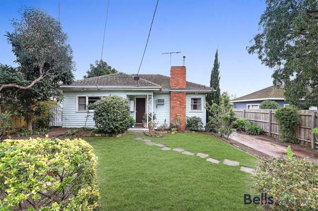 24 Armstrong Street, Sunshine West VIC 3020