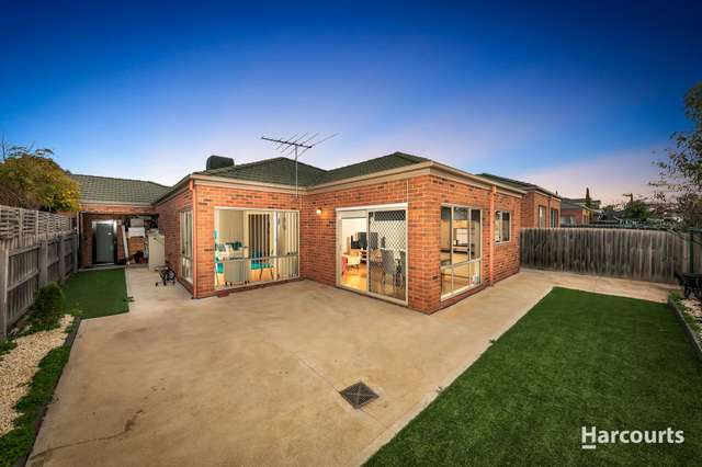 31 The Glades, Taylors Hill VIC 3037