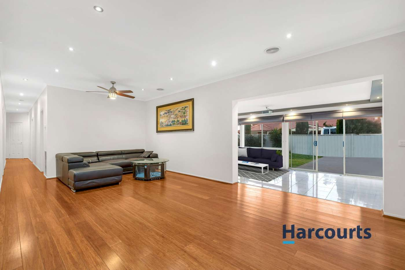 Fifth view of Homely house listing, 10 Daintree Retreat, Caroline Springs VIC 3023