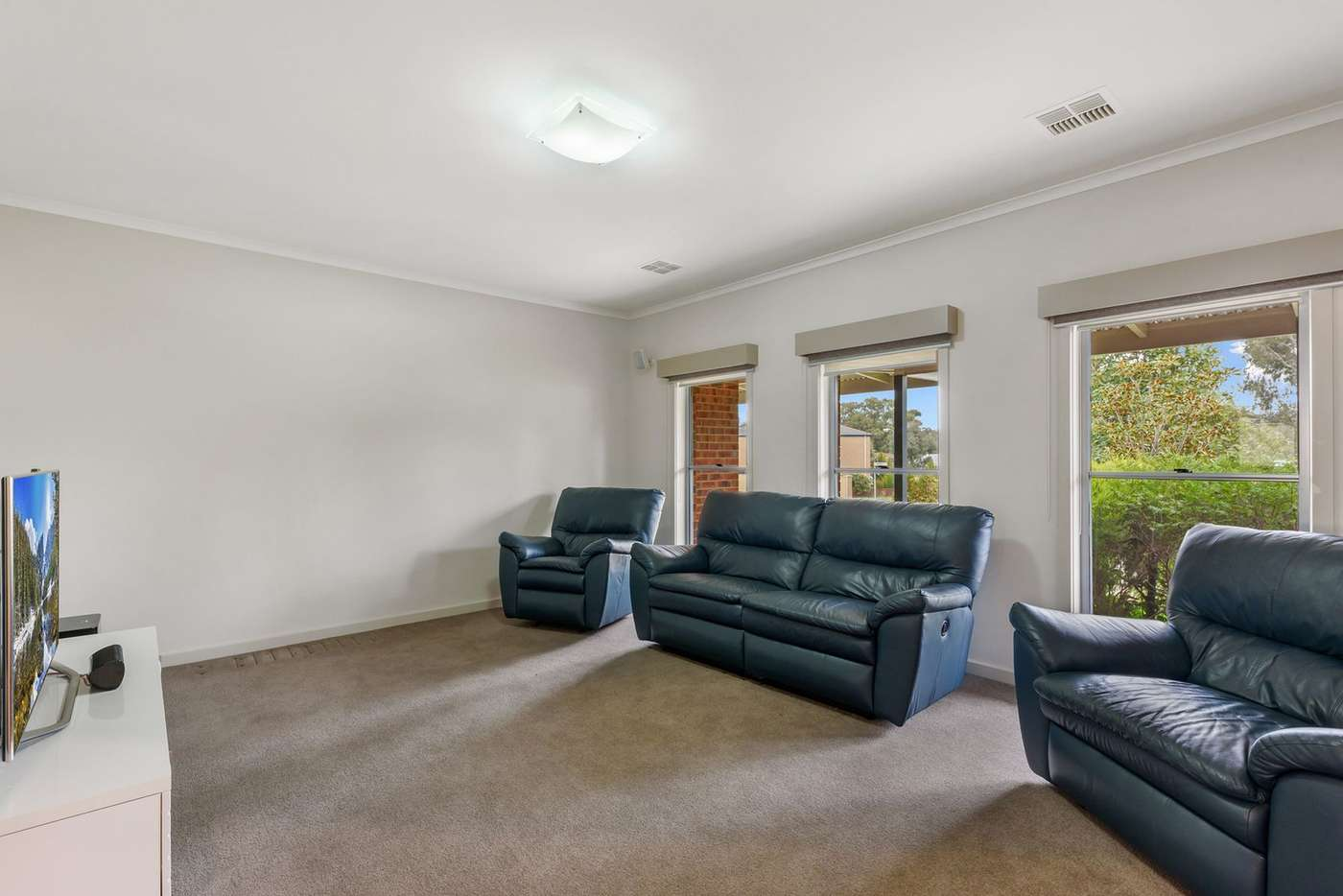 Sixth view of Homely house listing, 5 Ninnes Court, Maiden Gully VIC 3551
