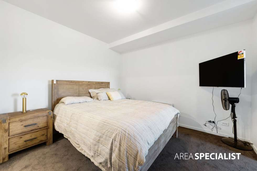 Fourth view of Homely apartment listing, 16/1 Woodward Way, Caroline Springs VIC 3023