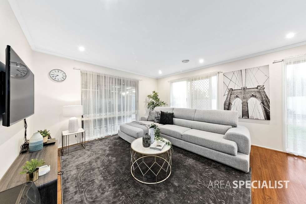 Fifth view of Homely house listing, 3 Moreton Close, Caroline Springs VIC 3023