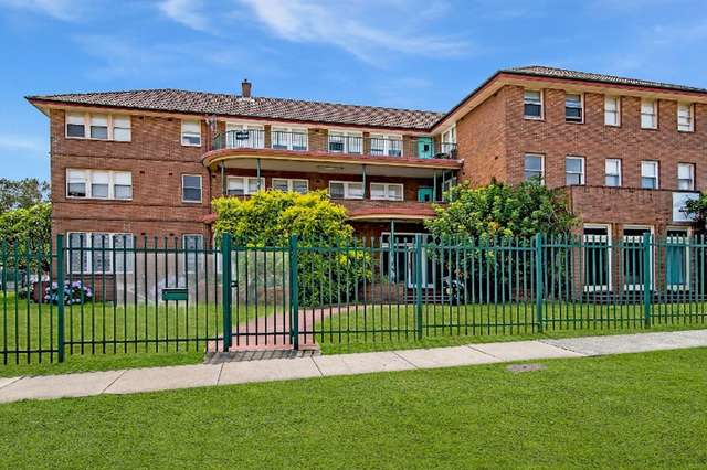 82 Parkway Avenue, Cooks Hill NSW 2300
