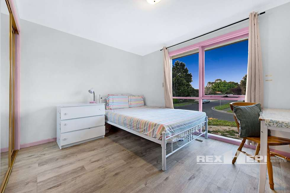 Third view of Homely house listing, 8 Enoch Rise, Hallam VIC 3803