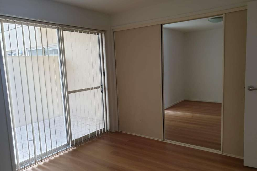 Fifth view of Homely apartment listing, 2/17-21 Blackwood Street, North Melbourne VIC 3051