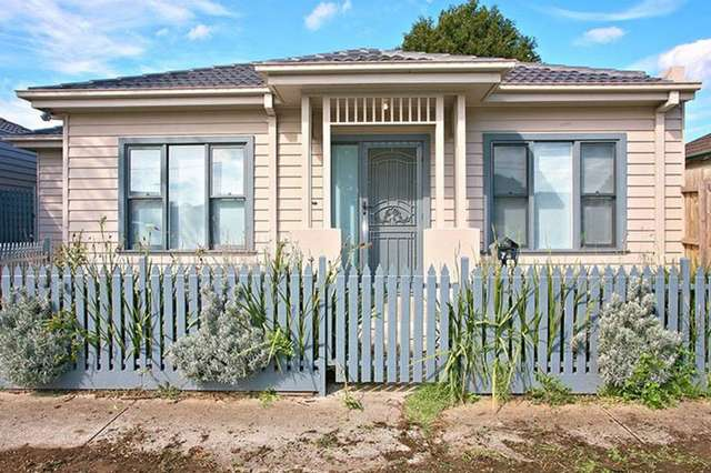 74A Cornwall Road, Sunshine VIC 3020