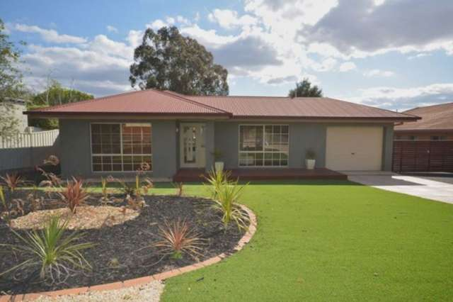 12 Bourke Drive, Strathdale VIC 3550