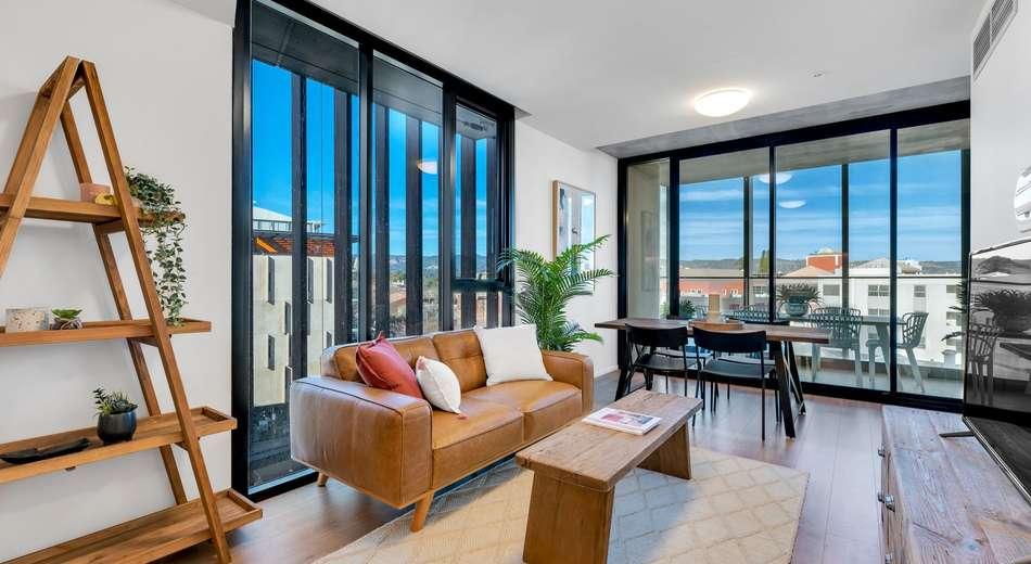 301/248 Flinders Street