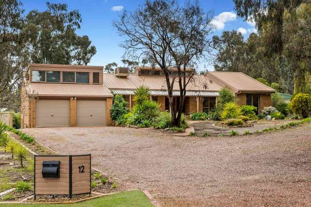 12 Pioneer Drive, Maiden Gully VIC 3551