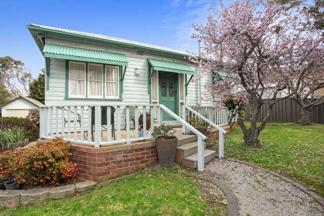 1 Chelmsford Avenue, Blackheath NSW 2785