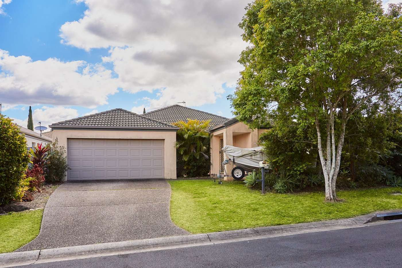 Main view of Homely house listing, 32 Inwood Circuit, Merrimac QLD 4226