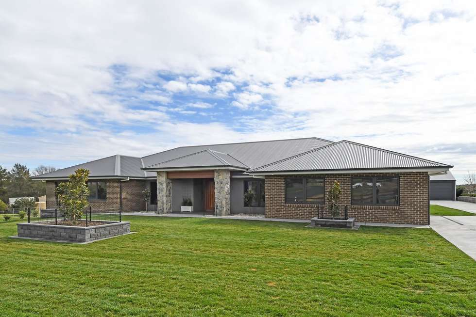Second view of Homely house listing, 18 Ridgeview Close, White Rock NSW 2795
