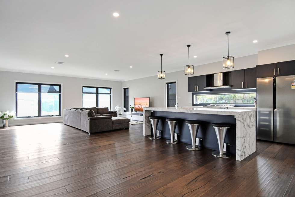 Fourth view of Homely house listing, 18 Ridgeview Close, White Rock NSW 2795