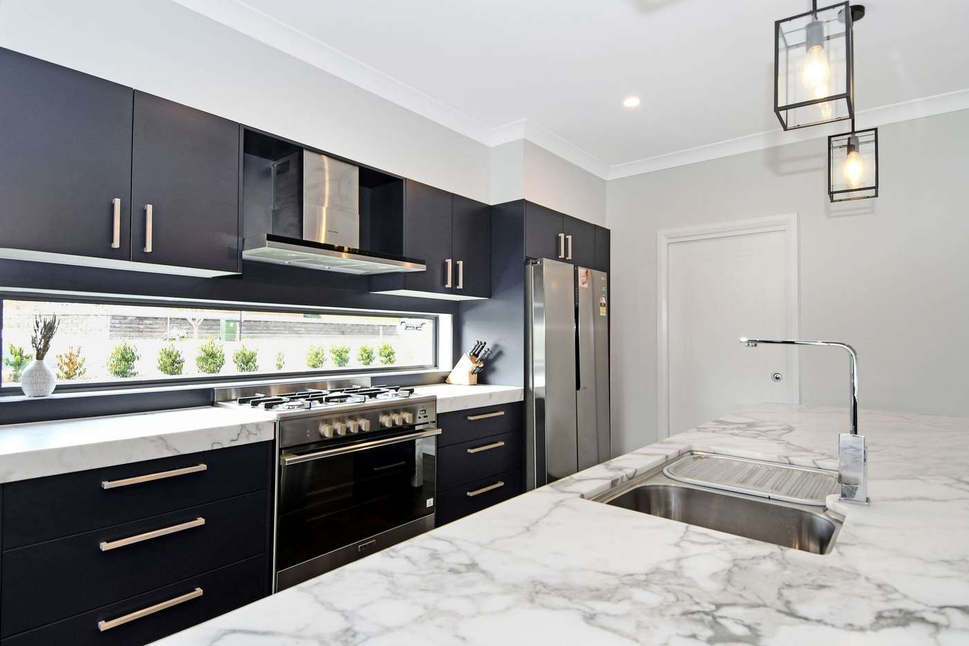 Fifth view of Homely house listing, 18 Ridgeview Close, White Rock NSW 2795