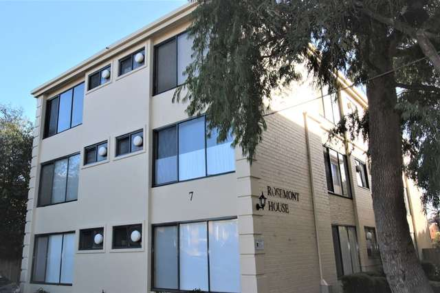 3/7-9 Farnham Court, Flemington VIC 3031
