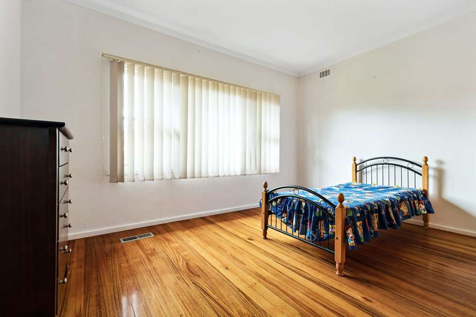Fourth view of Homely unit listing, 8 Adelaide Avenue, Mount Waverley VIC 3149