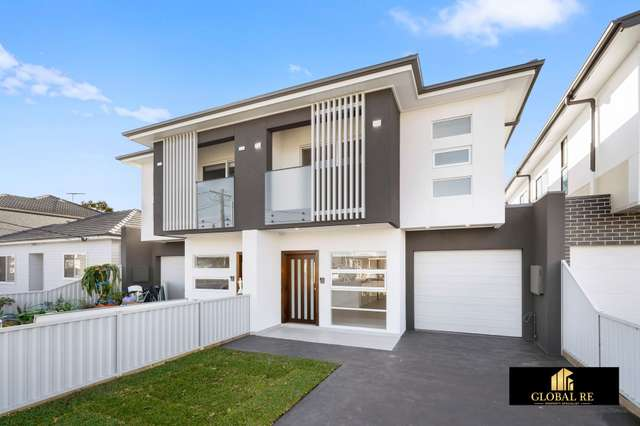 33A Foxlow St, Canley Heights NSW 2166