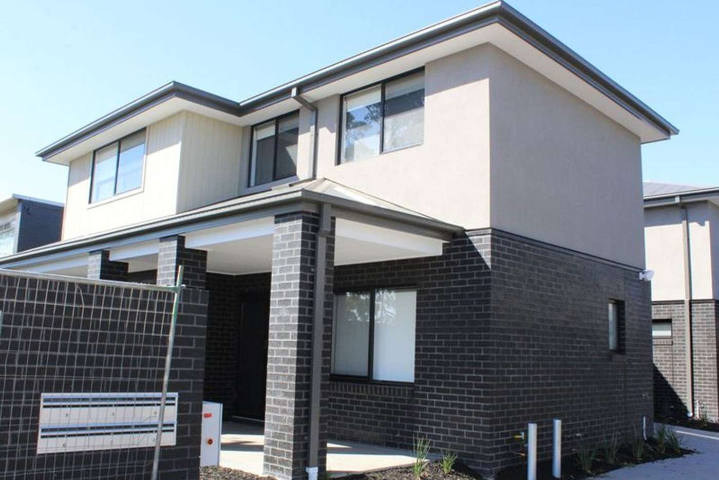 Main view of Homely townhouse listing, 2/635 Ballarat Road, Albion VIC 3020