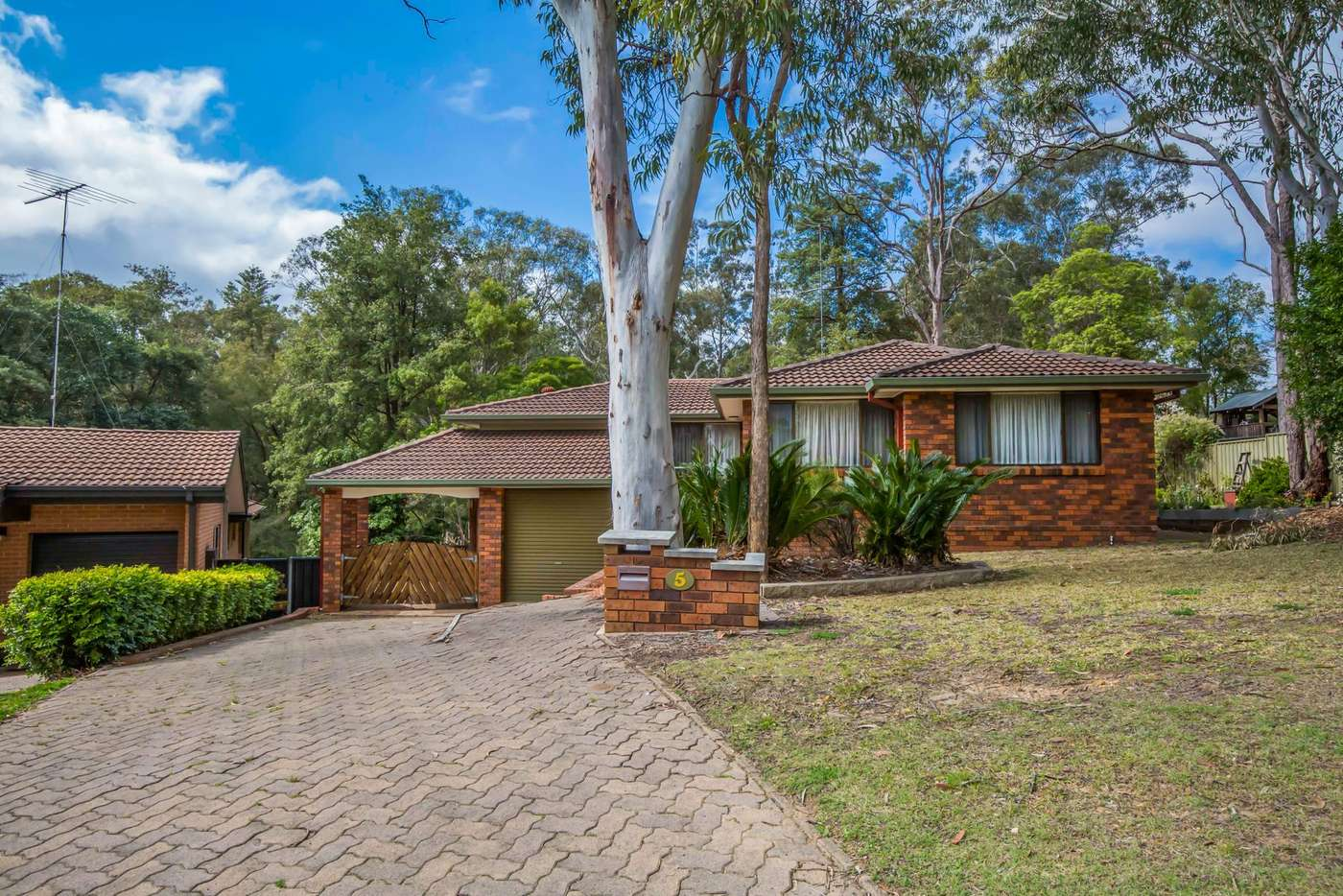 Main view of Homely house listing, 5 Gullalie Circle, Blaxland NSW 2774