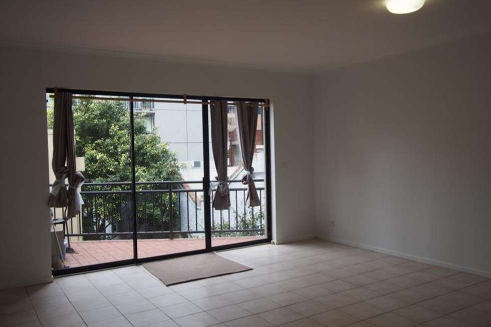 Third view of Homely apartment listing, 6/25 Davisons Place, Melbourne VIC 3000