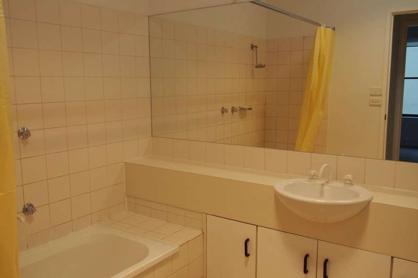 Sixth view of Homely apartment listing, 6/25 Davisons Place, Melbourne VIC 3000
