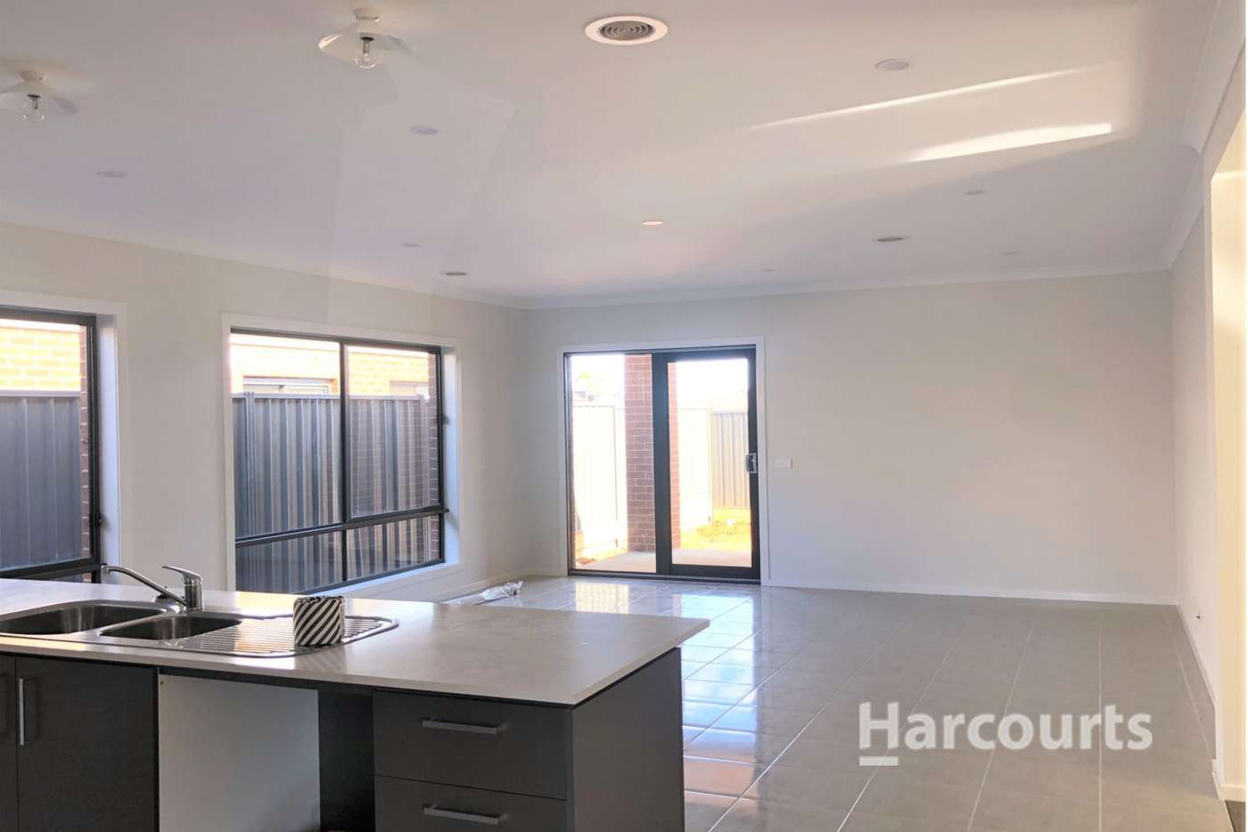 Seventh view of Homely house listing, 8 Letchworth Street, Strathtulloh VIC 3338
