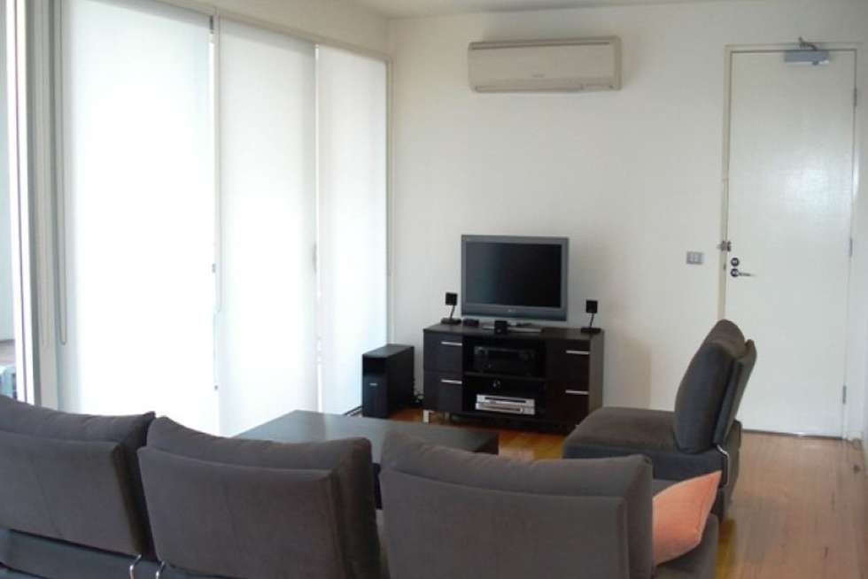 Fifth view of Homely apartment listing, 2/9 Loughmore Lane, North Melbourne VIC 3051