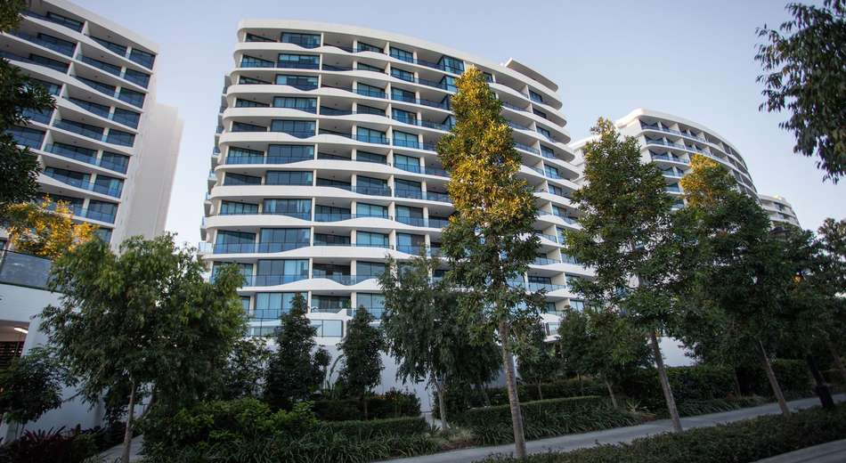 4208/5 Harbour Side Court