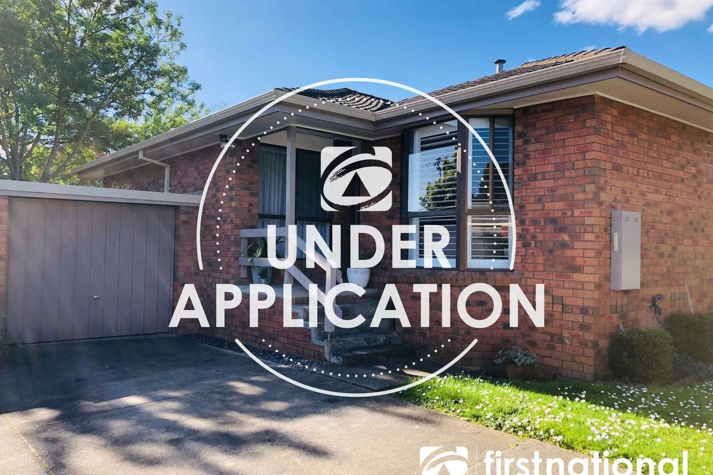 Main view of Homely unit listing, 2/13-15 Reserve Street, Berwick VIC 3806