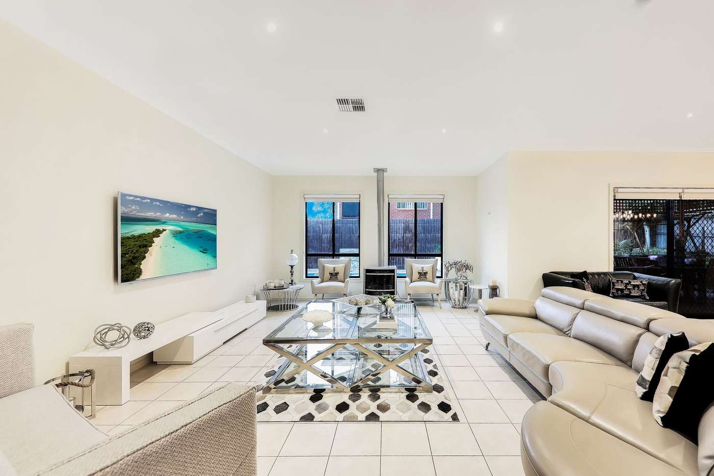 Fifth view of Homely house listing, 33 Stillwell Crescent, Roxburgh Park VIC 3064