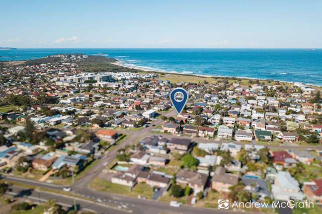 16 Middle Street, Caves Beach NSW 2281