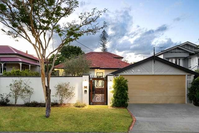 31 Amy Street, Hawthorne QLD 4171