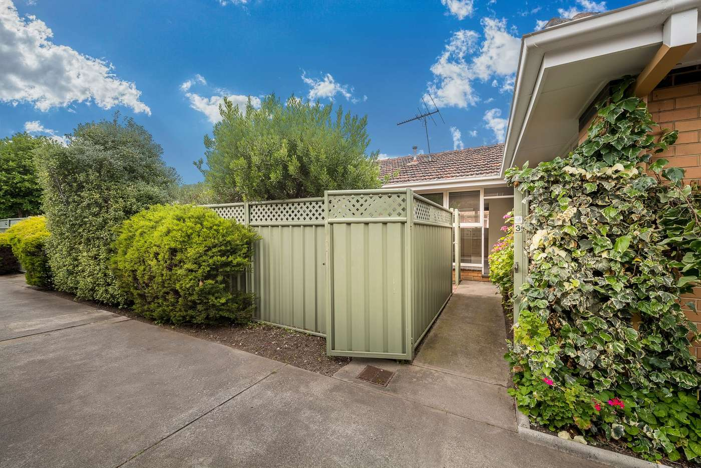 Main view of Homely villa listing, 3/6 Lincoln Road, Essendon VIC 3040