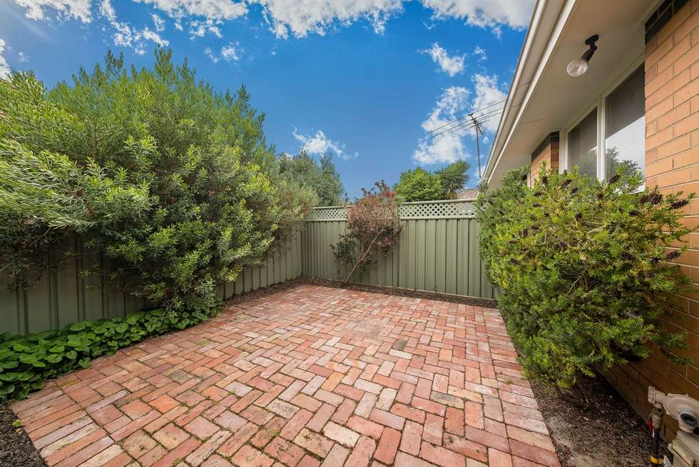 Second view of Homely villa listing, 3/6 Lincoln Road, Essendon VIC 3040