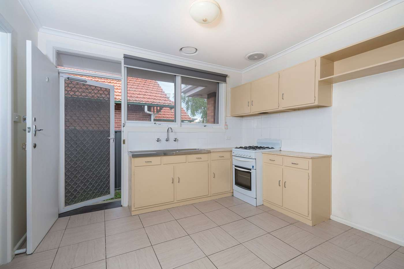 Fifth view of Homely villa listing, 3/6 Lincoln Road, Essendon VIC 3040
