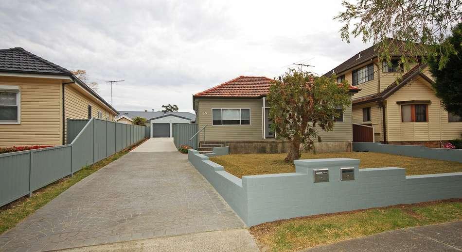 77 Loftus Avenue, Loftus NSW 2232