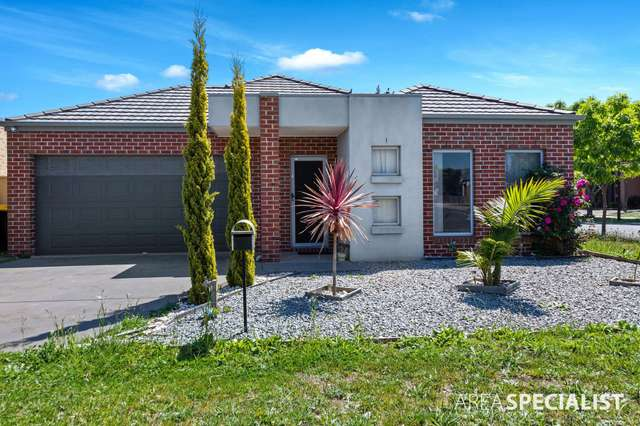 19 Studley Park Way, Caroline Springs VIC 3023