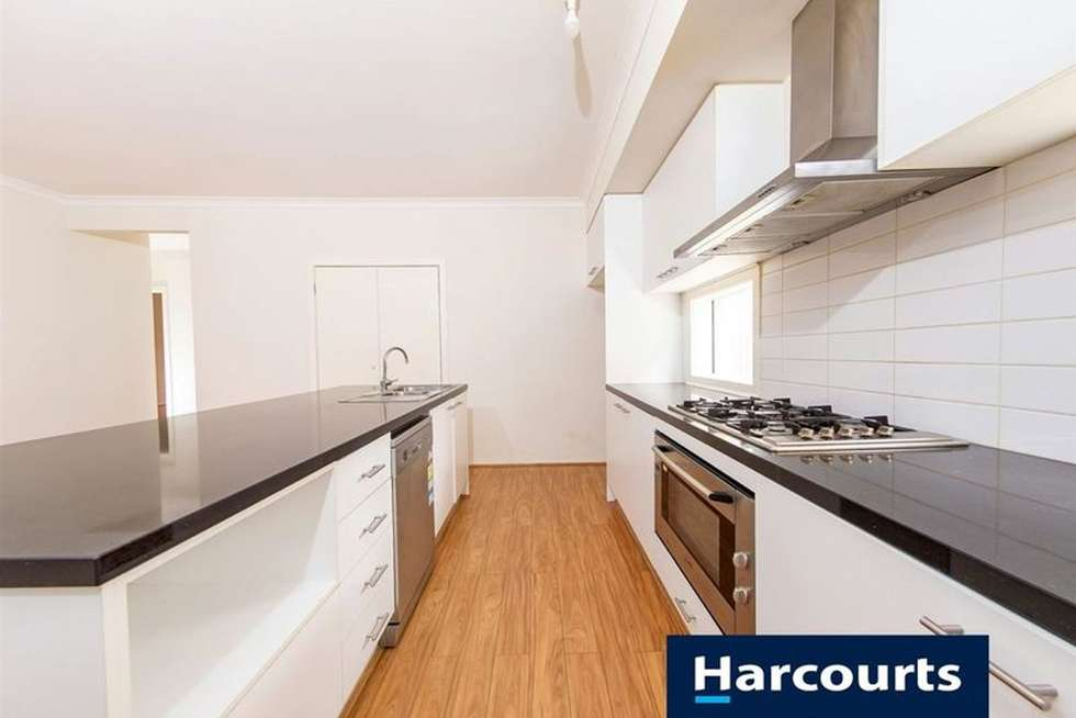 Fifth view of Homely house listing, 7 Heathcote Retreat, Caroline Springs VIC 3023