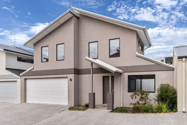 5/12 Laurence Road, Innaloo WA 6018