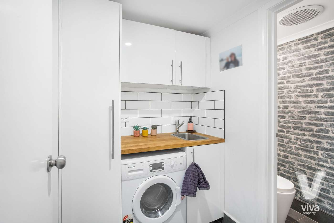 Fifth view of Homely townhouse listing, 21 Huntly Street, Glen Huntly VIC 3163