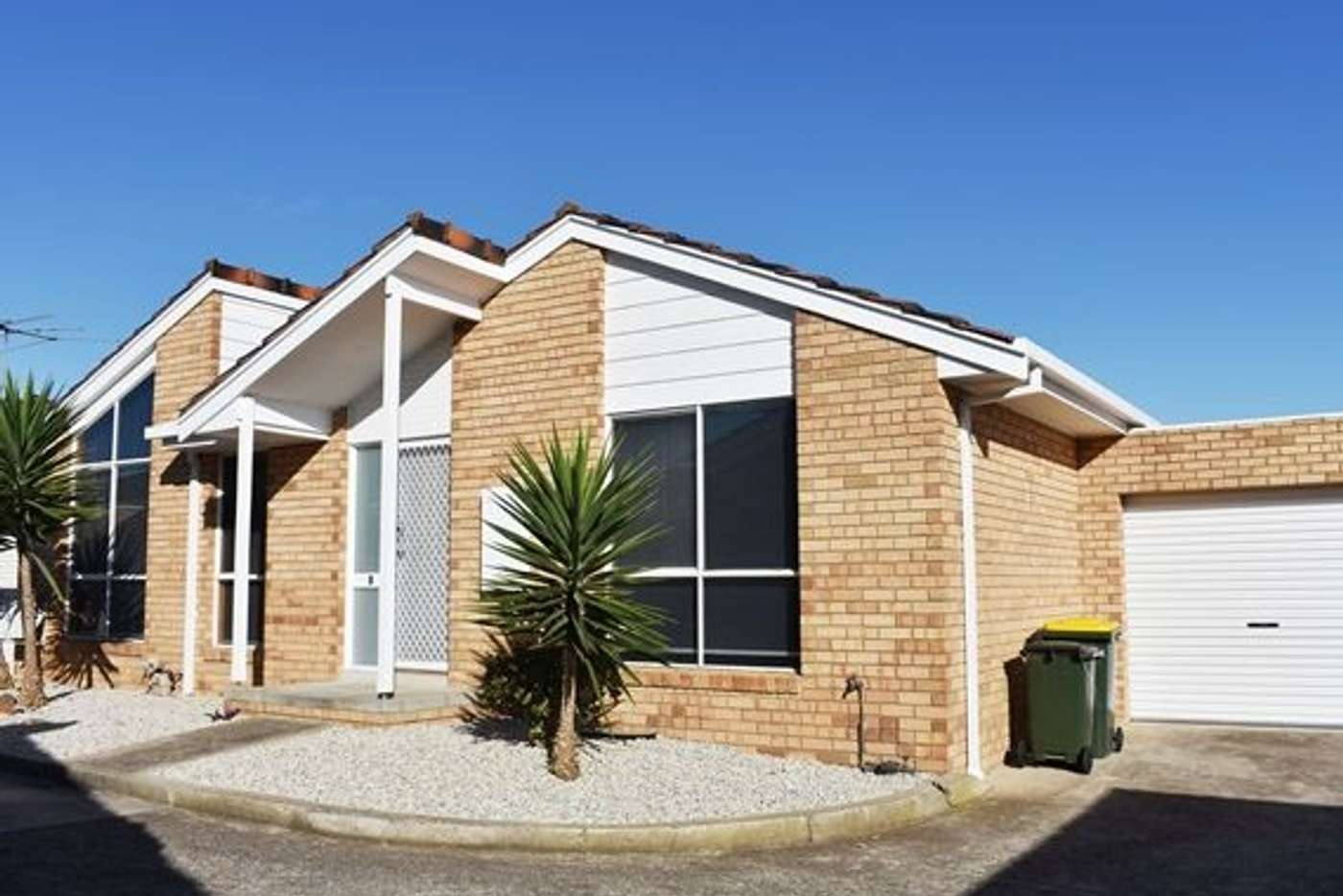 Main view of Homely unit listing, 1/23 James Street, St Albans VIC 3021