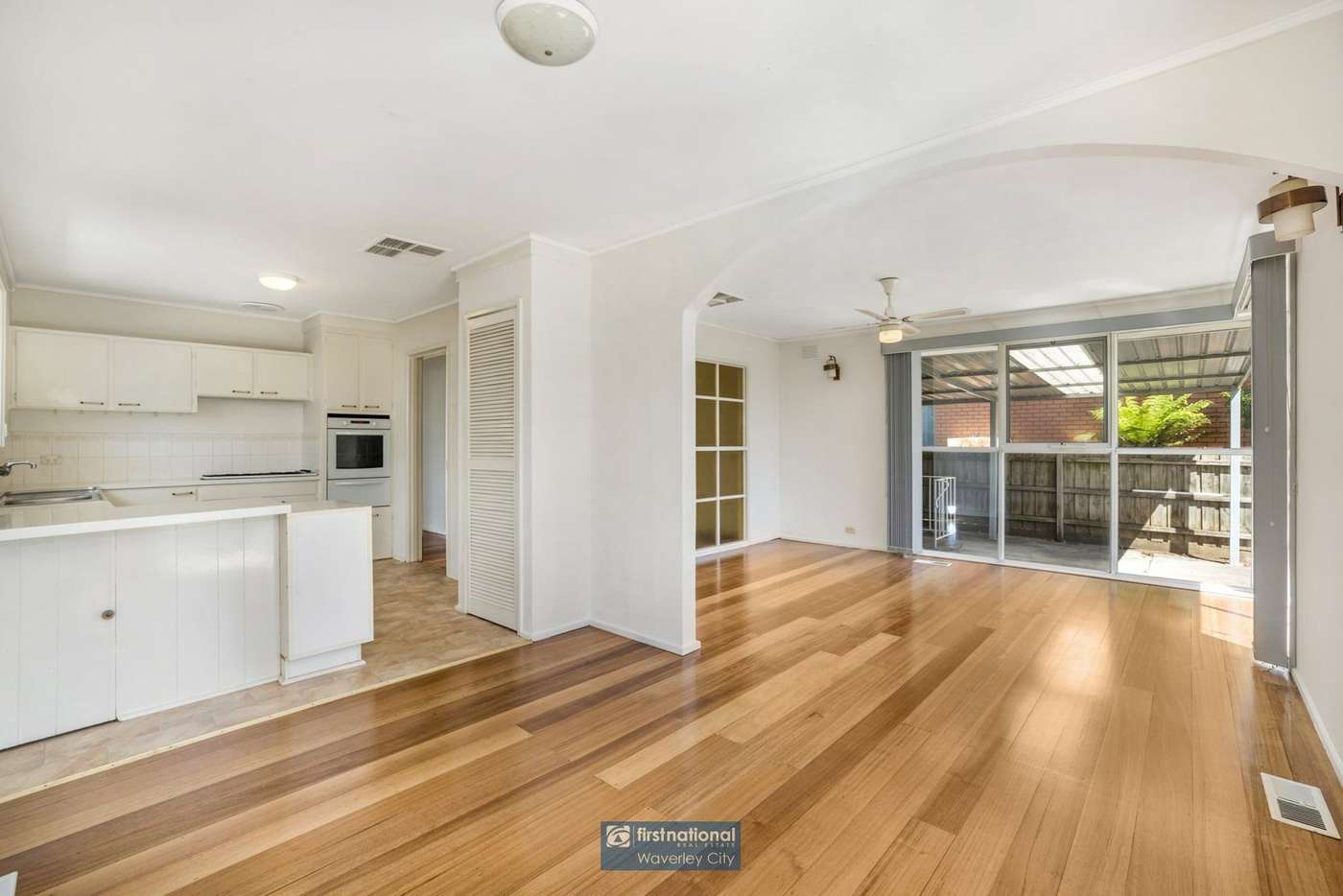 Fifth view of Homely house listing, 4 Redfern Crescent, Mulgrave VIC 3170