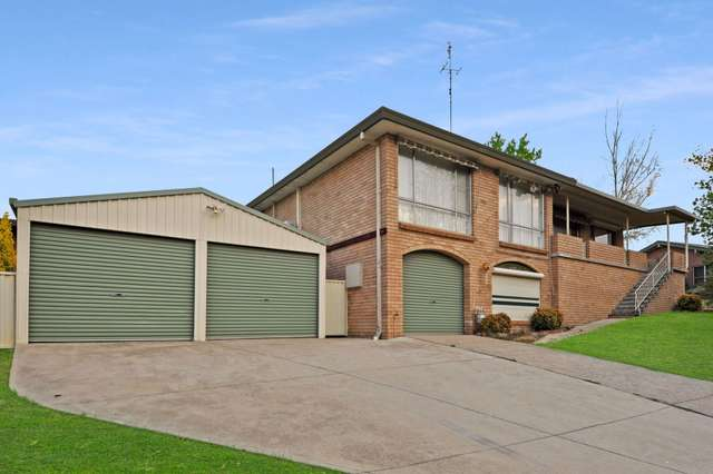 32 Edgell Street, Bathurst NSW 2795