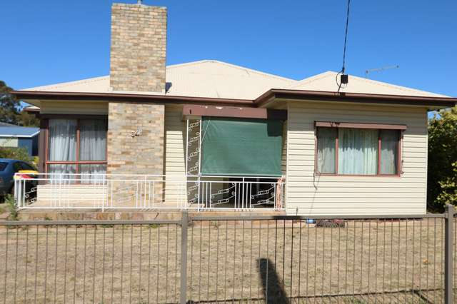 34 Gearing Street, Maryborough VIC 3465